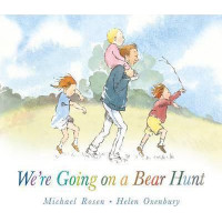 We're Going on a Bear Hunt (Board book 2015)